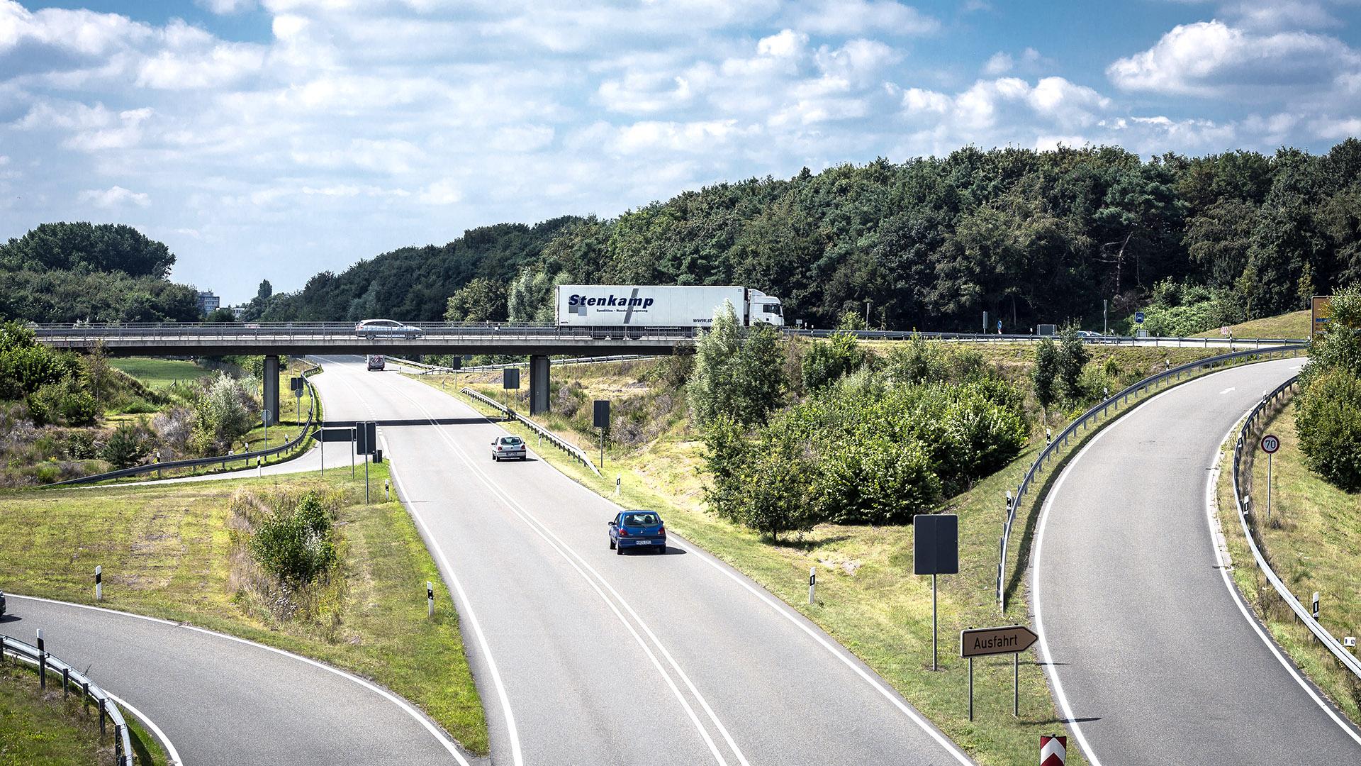 Stenkamp LKW Fahrt Logistik Borken Duisburg Lebensmittel Lager Transport